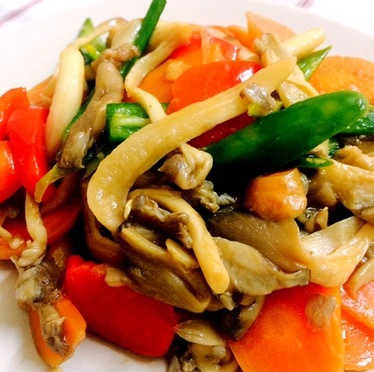 Stir Fry Mushroom With Bell Pepper, Carrot & Green Chili